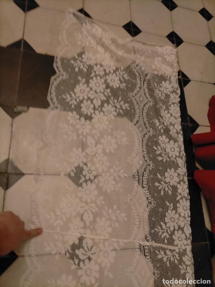 Antigüedades: ANTIGUO PAÑO DE ALTAR RETABLO ENCAJE PUNTO DE RED 400 X 49 CM IDEAL SEMANA SANTA VIRGEN LEER - Foto 17 - 243661535
