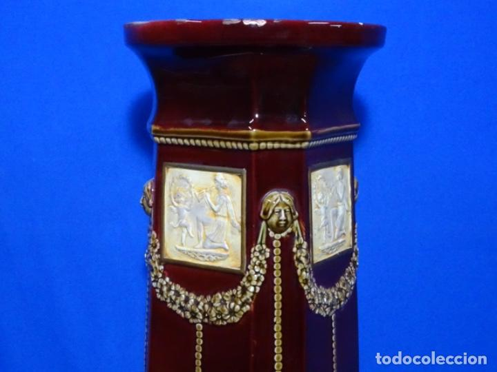 Antigüedades: COLUMNA MODERNISTA COLOR GRANATE CON ADORNOS. - Foto 10 - 243663175