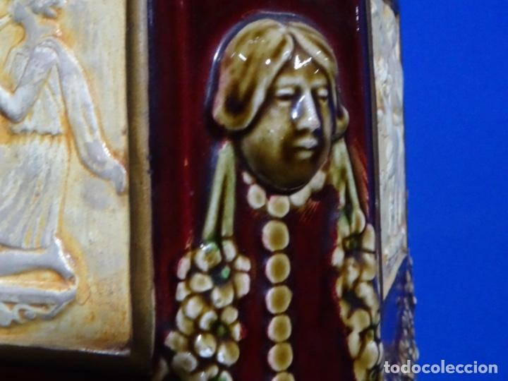 Antigüedades: COLUMNA MODERNISTA COLOR GRANATE CON ADORNOS. - Foto 11 - 243663175