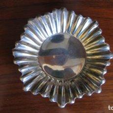 Antigüedades: BANDEJITA DE ALPACA PLATEADA. Lote 243794370