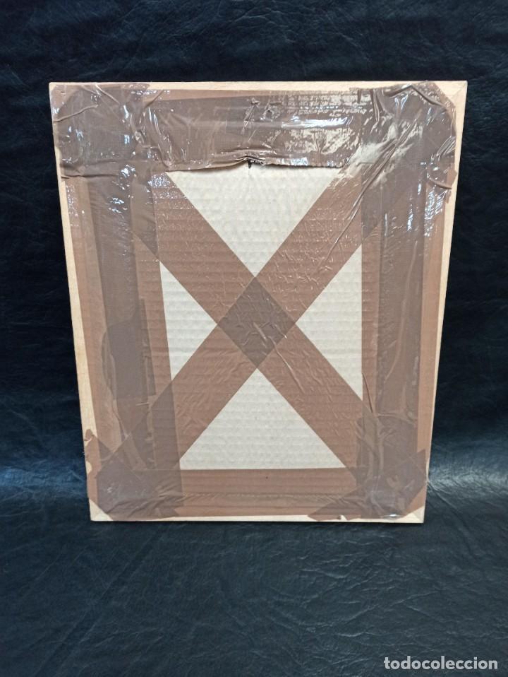 Antigüedades: Inicial bordada enmarcada en madera. PF - Foto 4 - 243804435