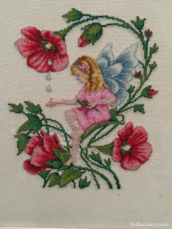 Antigüedades: Bello bordado de hadas con flores. Enmarcado. PF - Foto 2 - 243805465