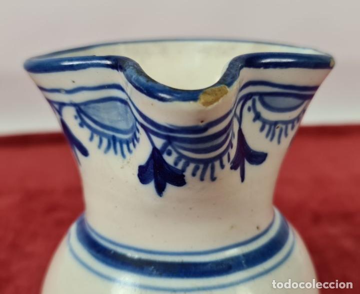 Antigüedades: JARRA DE VINO. CERÁMICA ESMALTADA. PINTADA A MANO. EL CARMEN. TALAVERA. SIGLO XX - Foto 7 - 243814340