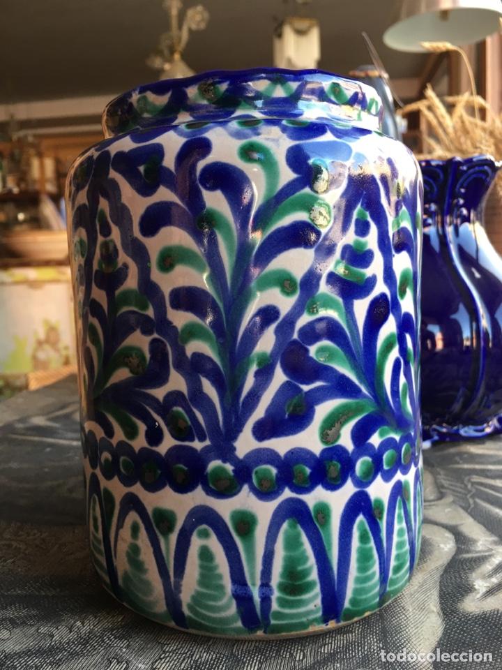 Antigüedades: Tarro de cocina orza ánfora en cerámica con sello Árabe San Isidro - Fajalauza Granada - 18x13 cm - Foto 2 - 243847080