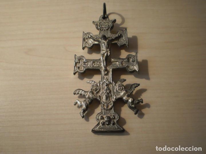 CRUZ DE CARAVACA GRANDE DE METAL (Antigüedades - Religiosas - Crucifijos Antiguos)