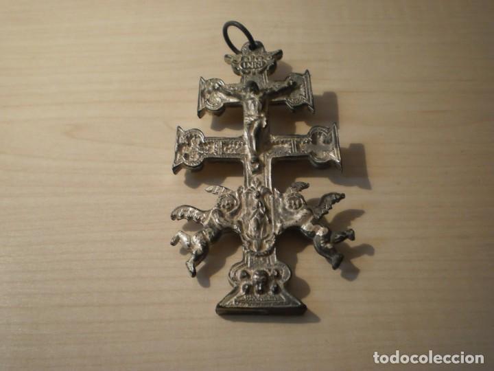 Antigüedades: Cruz de Caravaca grande de metal - Foto 13 - 243861570