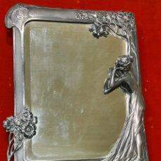 Antigüedades: MAGNÍFICO Y AUTÉNTICO ESPEJO DE SOBREMESA ART NOVEAU. ESTAÑO PLATEADO. CIRCA 1900.. Lote 243981735