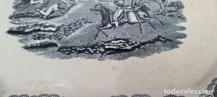 Antigüedades: BANDEJA DE PORCELANA ESMALTADA. CARTAGENA. SIGLO XIX. - Foto 7 - 244008740