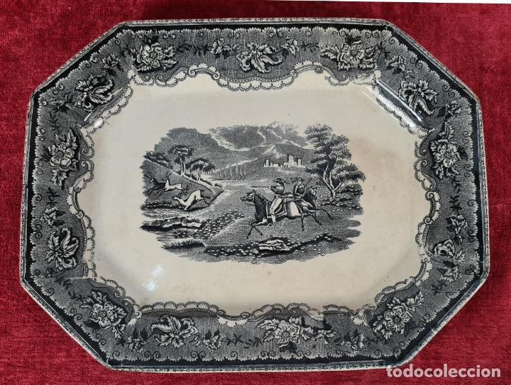 BANDEJA DE PORCELANA ESMALTADA. CARTAGENA. SIGLO XIX. (Antigüedades - Porcelanas y Cerámicas - Cartagena)
