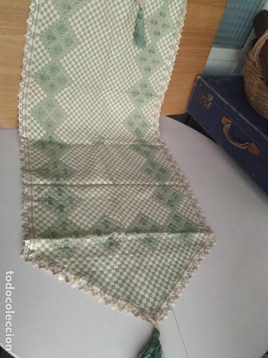 Antigüedades: 4 antiguas piezas de cortina y tapetes, o camino, cubre estanterías, muebles, bordados a mano,borlas - Foto 15 - 244012765