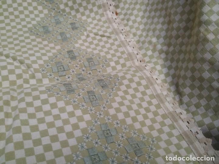 Antigüedades: 4 antiguas piezas de cortina y tapetes, o camino, cubre estanterías, muebles, bordados a mano,borlas - Foto 27 - 244012765