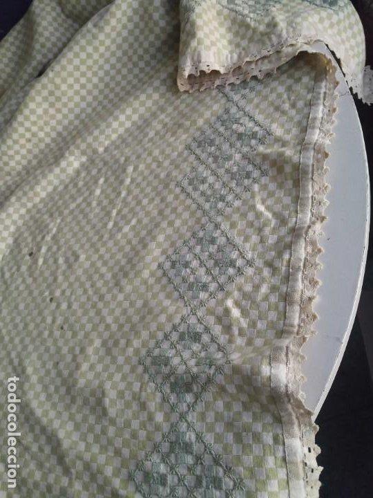 Antigüedades: 4 antiguas piezas de cortina y tapetes, o camino, cubre estanterías, muebles, bordados a mano,borlas - Foto 28 - 244012765
