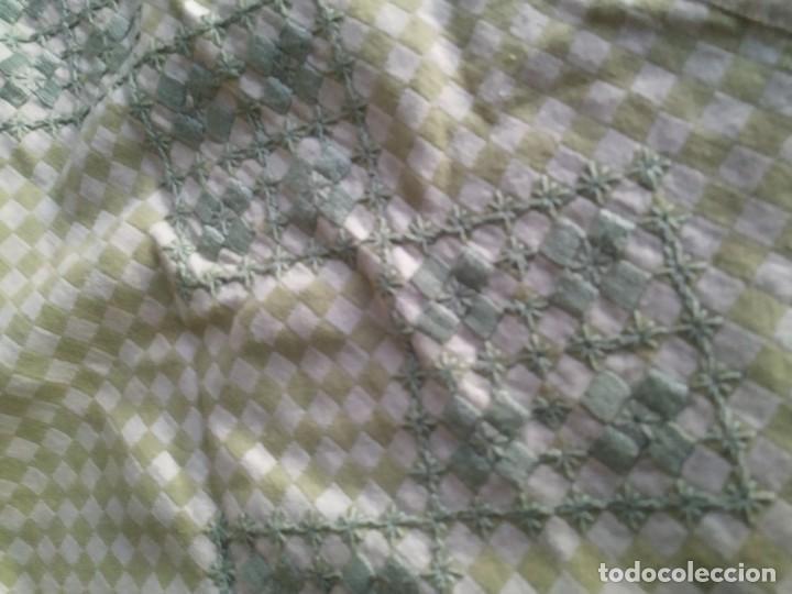 Antigüedades: 4 antiguas piezas de cortina y tapetes, o camino, cubre estanterías, muebles, bordados a mano,borlas - Foto 30 - 244012765