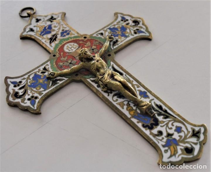 PRECIOSA CRUZ ESMALTADA PARA COLGANTE GRAN DIMENSIÓN, 14 X 10 CM E BUEN ESTADO FIRMADO G.S. (Antigüedades - Religiosas - Cruces Antiguas)