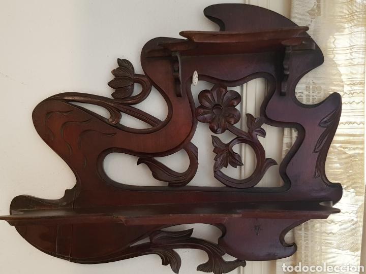 """Antigüedades: Estánteria """"Art Decó"""" tallada en madera. - Foto 2 - 244187655"""