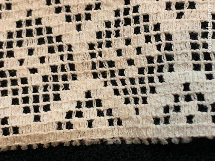 Antigüedades: 4 metros de encaje o puntilla x 8 cms de ancho. Preciosa e impecable - Foto 3 - 244403090