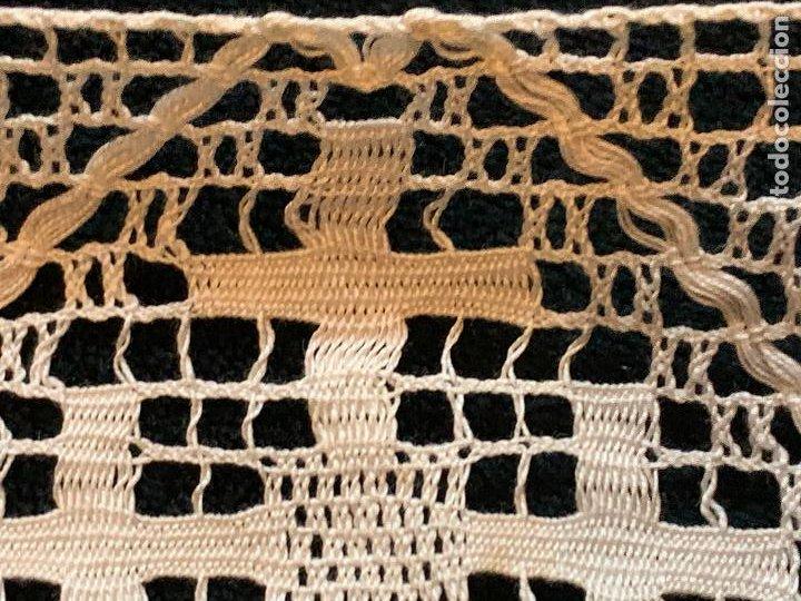 Antigüedades: 18 metros de encaje o puntilla x 9 cms de ancho. Preciosa e impecable - Foto 8 - 244409750