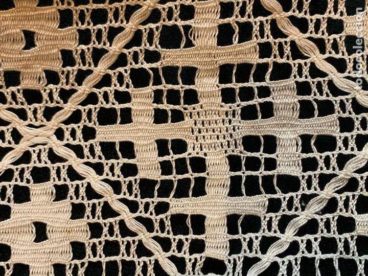 Antigüedades: 18 metros de encaje o puntilla x 9 cms de ancho. Preciosa e impecable - Foto 11 - 244409750
