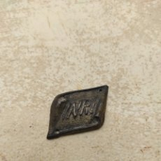 Antigüedades: ANTIGUA PLACA INRI PARA CRUCIFIJO. Lote 244416400