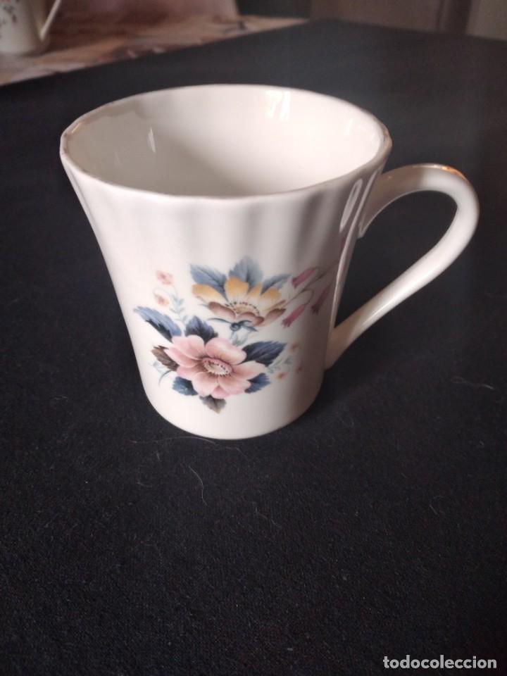 Antigüedades: Preciosa taza de té o desayuno de porcelana queensway fine bone china,made in england,flores - Foto 2 - 244424340