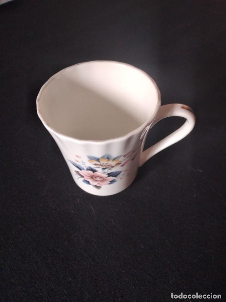 Antigüedades: Preciosa taza de té o desayuno de porcelana queensway fine bone china,made in england,flores - Foto 3 - 244424340