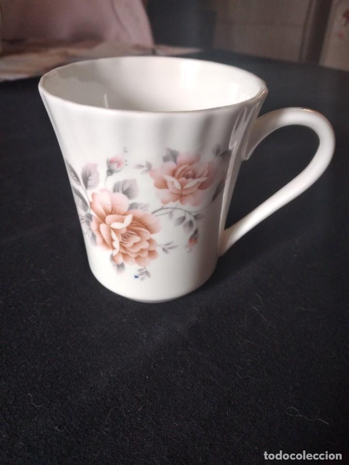 Antigüedades: Preciosa taza de té o desayuno de porcelana queensway fine bone china,made in england,flores - Foto 2 - 244424470