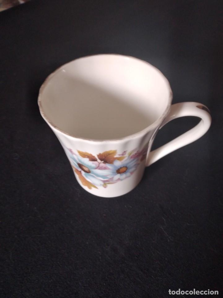 Antigüedades: Preciosa taza de té o desayuno de porcelana queensway fine bone china,made in england,flores - Foto 2 - 244424585