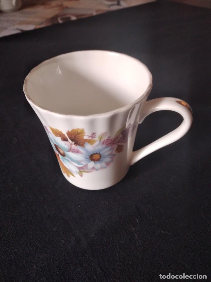 Antigüedades: Preciosa taza de té o desayuno de porcelana queensway fine bone china,made in england,flores - Foto 3 - 244424585