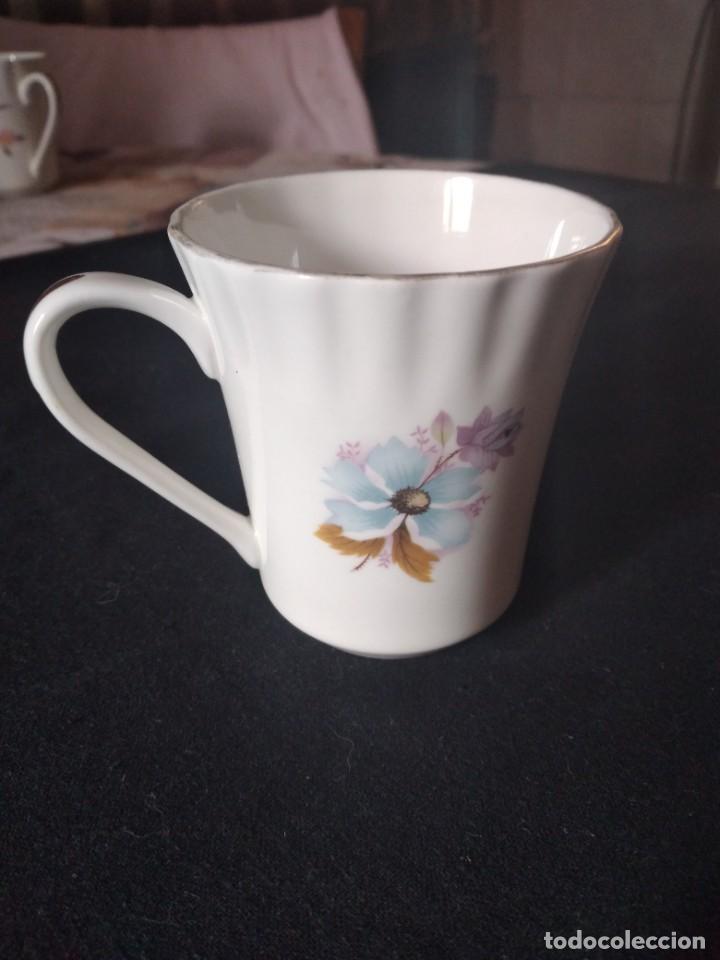Antigüedades: Preciosa taza de té o desayuno de porcelana queensway fine bone china,made in england,flores - Foto 5 - 244424585