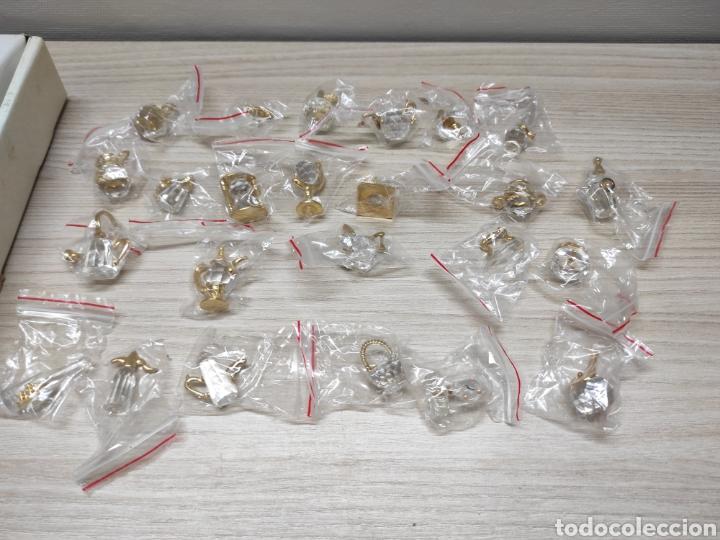 Antigüedades: Colección miniaturas cristal tallado. Sin uso. The Crystal treasury collection. 24 piezas. - Foto 2 - 244425510
