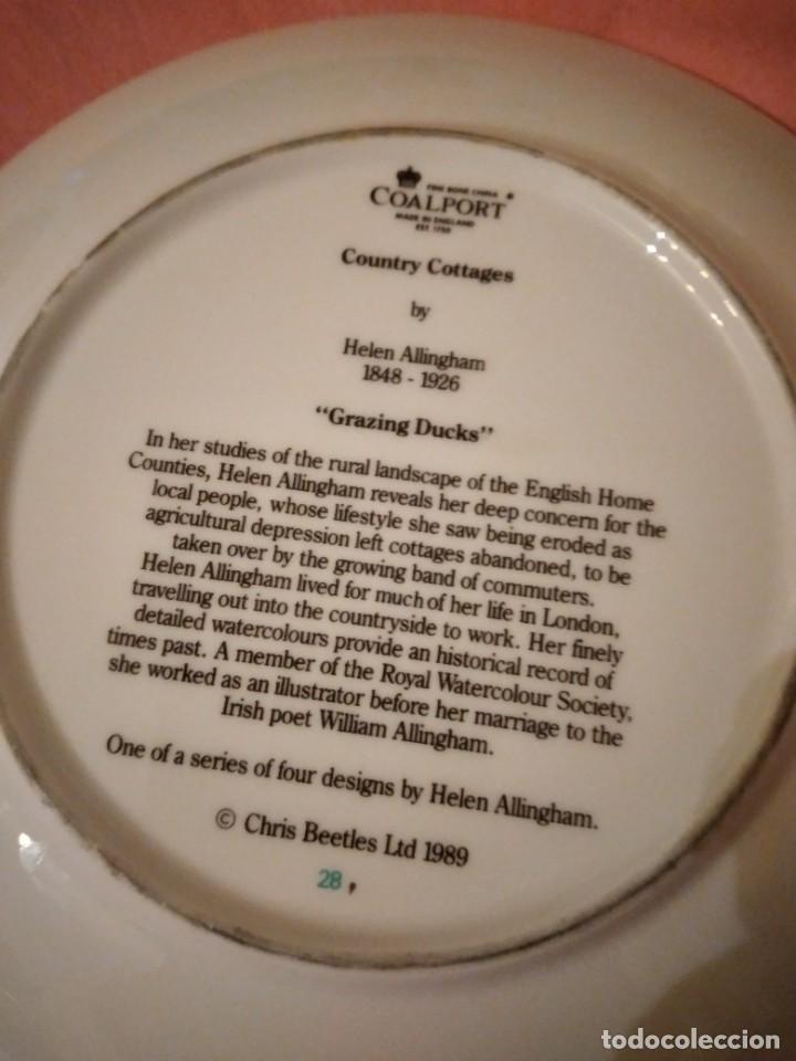 Antigüedades: Plato de porcelana coalport country cottages,gansos en el campo - Foto 5 - 244433970