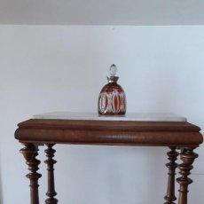 Antigüedades: MESA VELADOR ISABELINA DE NOGAL. Lote 244444825