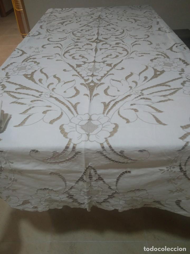 Antigüedades: Mantel bordado canario tipo richelieu - Foto 2 - 244447235