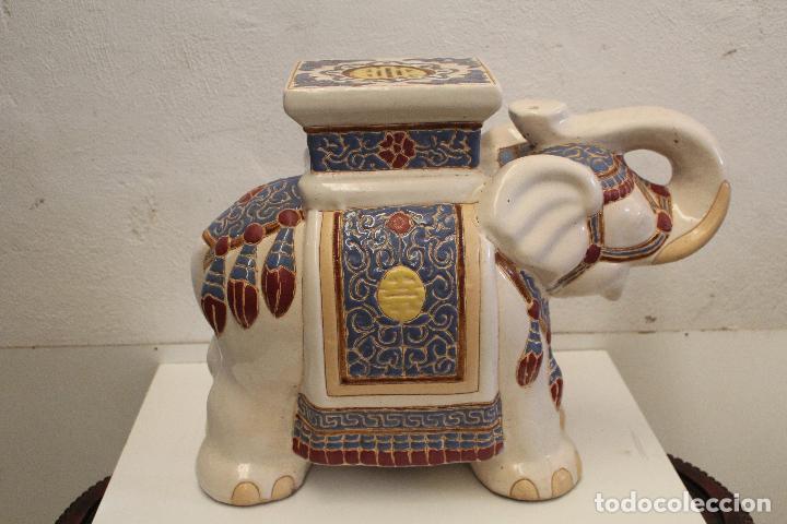 Antigüedades: Elefante Azul y Blanco Porcelana China Estatua De Jardín Taburete Jardinera - Foto 2 - 244481140