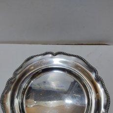 Antigüedades: BANDEJA DE PLATA PUNZONADA. 488 GRAMOS. VER FOTOS PARA DESCRIPCIÓN.. Lote 244532235