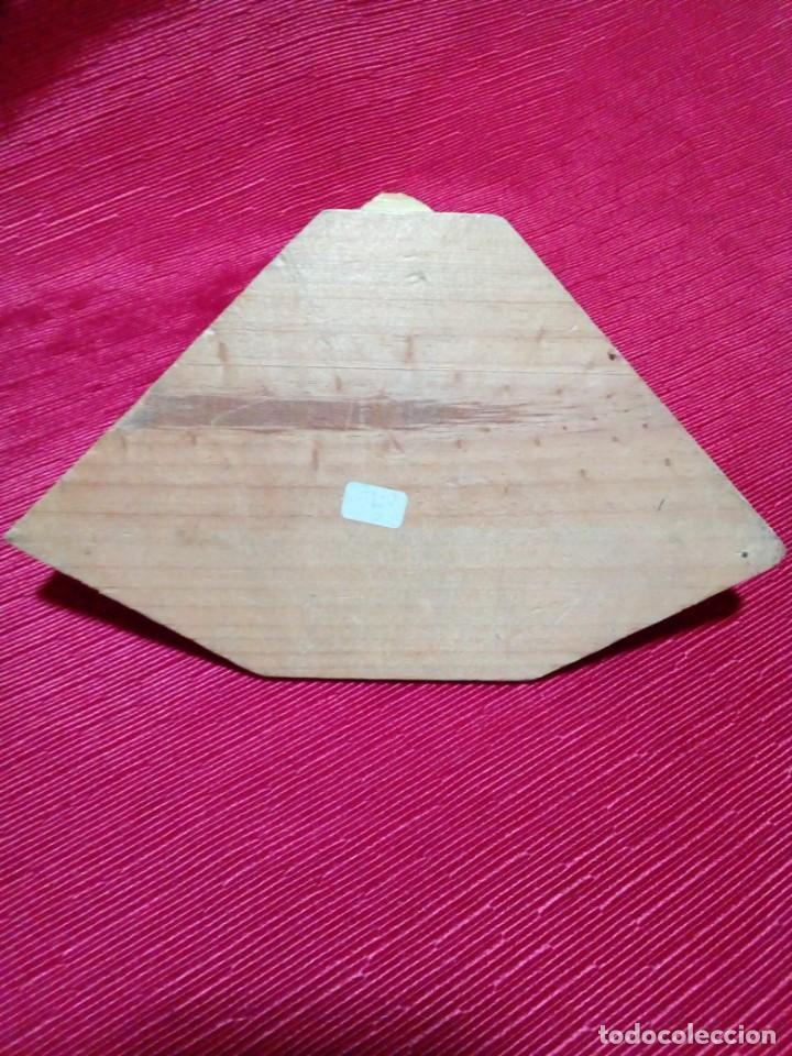 Antigüedades: MENSULA DE MADERA Y RESINA - Foto 6 - 244541700