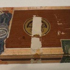 Antigüedades: CAJA VACÍA PUROS H. UPMANN 1941. Lote 244618420