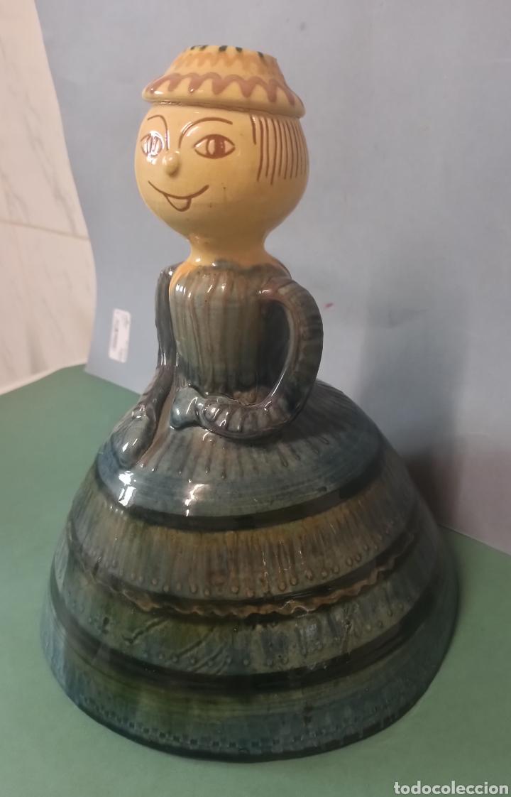 Antigüedades: Figura Cerámica Catalana de La Bisbal firmada por el Ceramista Carles Sala - Foto 3 - 244663460