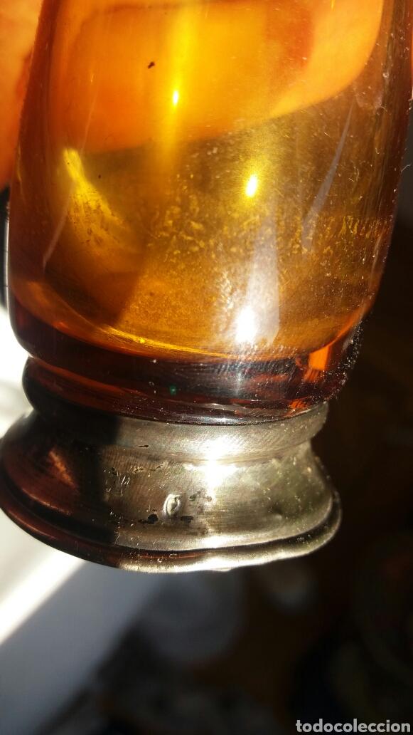Antigüedades: Jarron violetero de cristal ámbar y base de plata de ley - Foto 2 - 244709635
