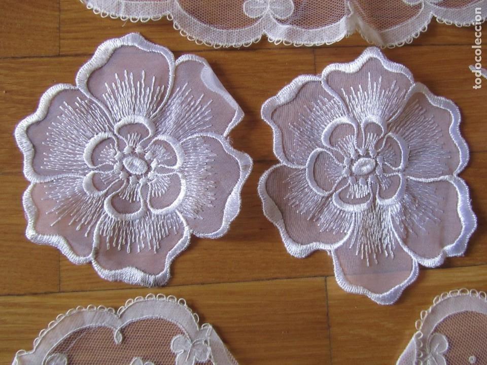 Antigüedades: Juego de delicados encajes de chantilly hechos a mano en Irlanda - Foto 6 - 244731830