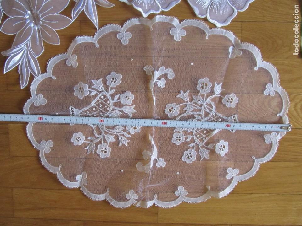 Antigüedades: Juego de delicados encajes de chantilly hechos a mano en Irlanda - Foto 9 - 244731830