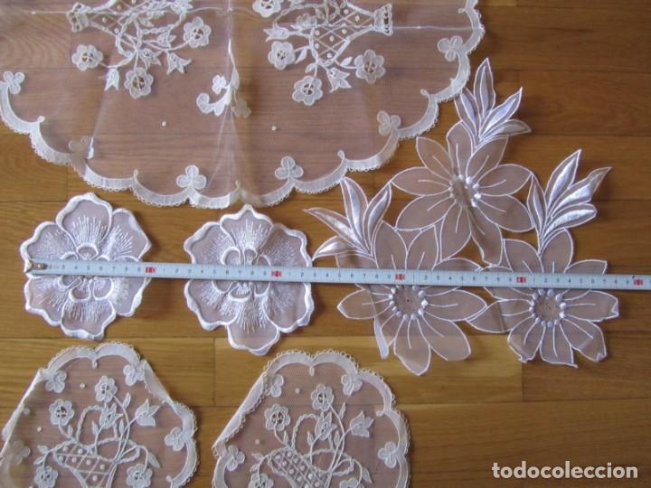 Antigüedades: Juego de delicados encajes de chantilly hechos a mano en Irlanda - Foto 10 - 244731830