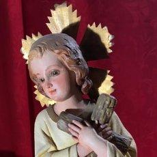 Antigüedades: FIGURA ANTIGUA NIÑO JESUS DE OLOT PRECIOSA DE 36 CMS. DE ALTURA CON OJOS DE CRISTAL. Lote 244764560