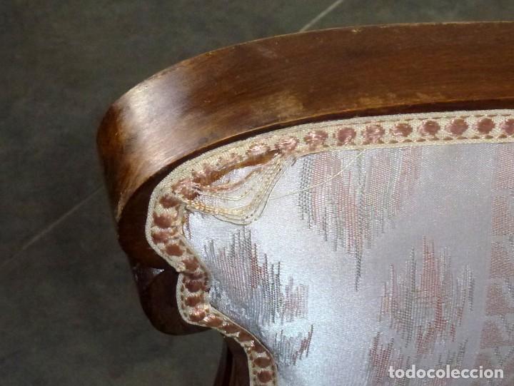 Antigüedades: Pareja De Butacas Descalzadoras-Algunos Puntos De Carcoma. - Foto 5 - 244765545
