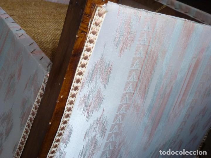 Antigüedades: Pareja De Butacas Descalzadoras-Algunos Puntos De Carcoma. - Foto 12 - 244765545