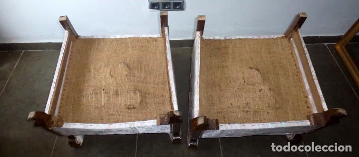 Antigüedades: Pareja De Butacas Descalzadoras-Algunos Puntos De Carcoma. - Foto 13 - 244765545