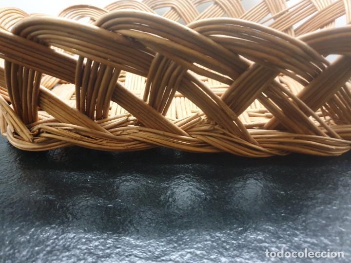 Antigüedades: Antigua Bandeja Cesta de Mimbre 32x40x12 (Envío 4,31€) - Foto 8 - 244782370