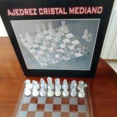 Antigüedades: AJEDREZ DE CRISTAL. Lote 244877665