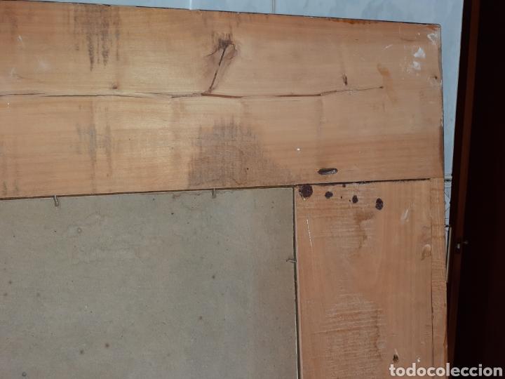 Antigüedades: Gran Espejo con marco de madera y tapiz.. 101 x 79 cm - Foto 9 - 244887695