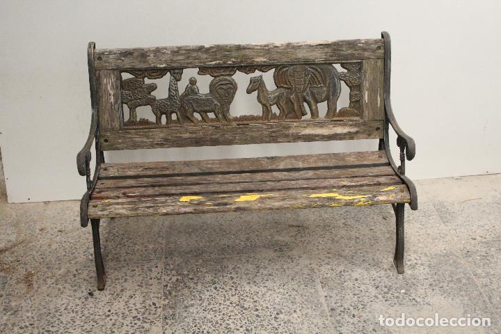BANCO DE JARDÍN PARA NIÑOS CON EL REY LEÓN (Antigüedades - Muebles Antiguos - Sillones Antiguos)